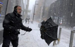 """Nevasca EUA: NY decreta estado de emergência pelo """"ciclone bomba"""""""