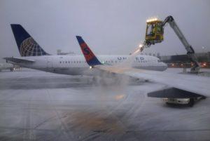 Mais de 3.500 voos são cancelados pela nevasca nos EUA