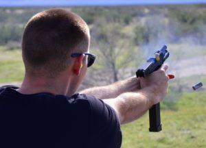 Walmart aumenta idade para compra de armas