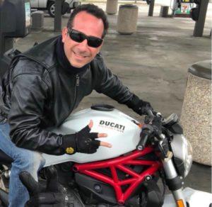Brasileiro morre em acidente de moto em Orlando
