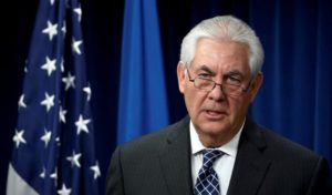 Trump demite Secretário de Estado e põe diretor da CIA no lugar