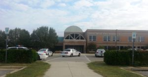 Tiroteio deixa feridos em escola de ensino médio de Maryland