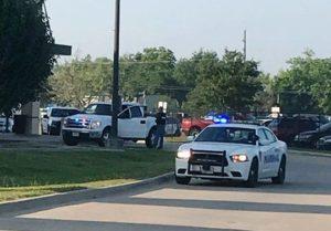 Polícia confirma atirador ativo em High School no Texas