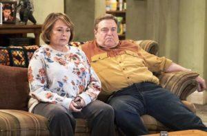 "ABC cancela ""Roseanne"" após tweet racista de estrela do show"