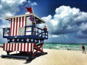 Cidades da Flórida entre as 10 melhores dos EUA para emprego de verão, indica pesquisa