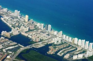Compradores estrangeiros impulsionam mercado imobiliário de luxo no sul da Flórida