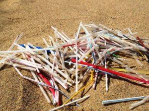 Campanha: Hallandale Beach vota para banir canudos de plástico