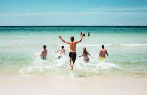 Sete praias do sul da Flórida estão com excesso de bactérias fecais