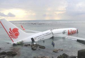 Indonésia descarta possibilidade de sobreviventes de queda de avião