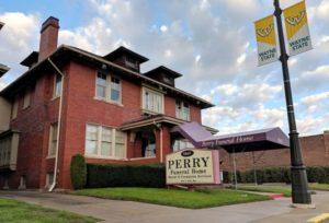 Ossadas de 63 bebês são descobertas em casa funerária de Detroit