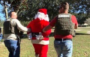 Polícia da Flórida prende Papai Noel acusado de abuso sexual