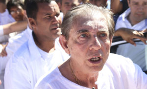 João de Deus se entrega à polícia em Goiás