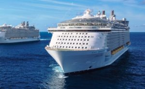 Surto de vírus causa retorno antecipado de cruzeiro da Royal Caribbean à Flórida