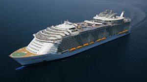 Adolescente morre depois de cair do 8° andar em navio de cruzeiro da Flórida