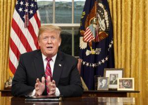 Trump anuncia que vai iniciar campanha de reeleição este mês na Flórida