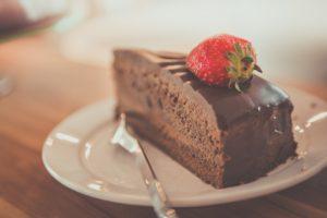 Como a mídia conseguiu nos fazer acreditar que chocolate amargo faz milagres