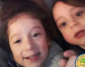 Polícia de Miami procura por dois meninos sequestrados pelo pai