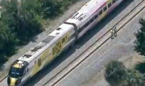 Pedestre morre atingido por trem da Virgin Trains USA (Brightline) em Pompano Beach