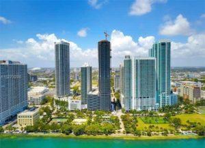 Brasileiros voltam a liderar compra de imóveis nas regiões central e sul da Flórida