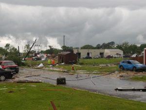 Tornado atinge cidade do Texas; mais tempestades ameaçam o sudeste