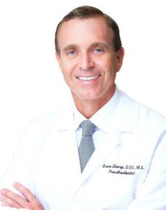 dentista em Miami brasileiro Dr. Sharp