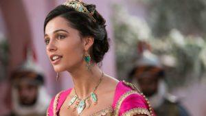 """Naomi Scott conta como foi interpretar a princesa Jasmine em """"Aladdin"""" – EXCLUSIVO"""