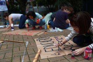 Atos contra bloqueios na educação se espalham por todo o Brasil