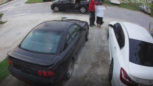 Polícia procura por 4 homens ligados a série de assaltos à mão armada em Miami