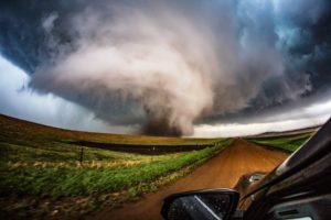 19 tornados varrem estados de Oklahoma, Texas, Missouri e Arkansas