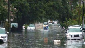 Rebaixada para tempestade, Barry ainda ameaça 11 milhões de pessoas