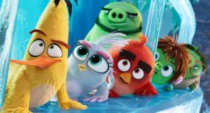"Atores Jason Sudeikis & Rachel Bloom conversam sobre ""The Angry Birds Movie 2"" – EXCLUSIVO"