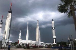 Parques, aeroportos e eventos: veja alterações pela passagem do furacão na FL