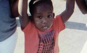Motorista admite ter desligado o alarme da van onde criança morreu em Oakland Park