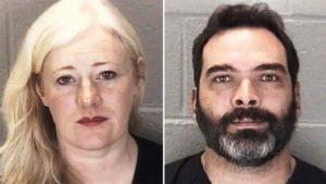 Casal acusado de negligência afirma que filha adotiva era uma mulher de 22 anos