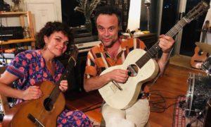 Norah Jones lança singles com Rodrigo Amarante