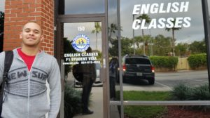Concurso oferece bolsas de estudos para brasileiros na Flórida
