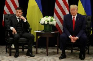 Ajuda à Ucrânia foi congelada 90 minutos depois do telefonema de Trump, mostra documento