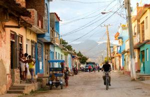 EUA proíbem voos charter para cidades cubanas além de Havana