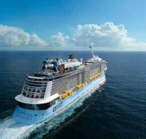 Chineses são retirados de navio da Royal Caribbean em NJ para triagem de coronavírus