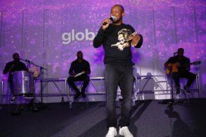 Pocket show de Thiaguinho marca evento de lançamento do Globoplay nos Estados Unidos