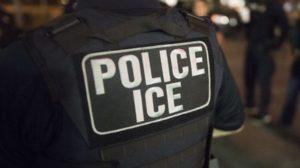 ICE diz que reduzirá sua atuação para limitar a disseminação de coronavírus