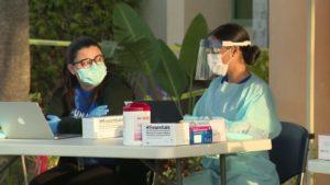 Coronavírus: Palm Beach abre centro de testes drive-through